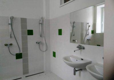 umývárna před montáží laminátových stěn